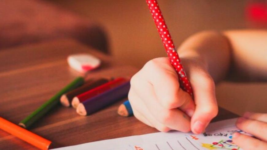 Réussite scolaire : l'hypnose pour aider son enfant